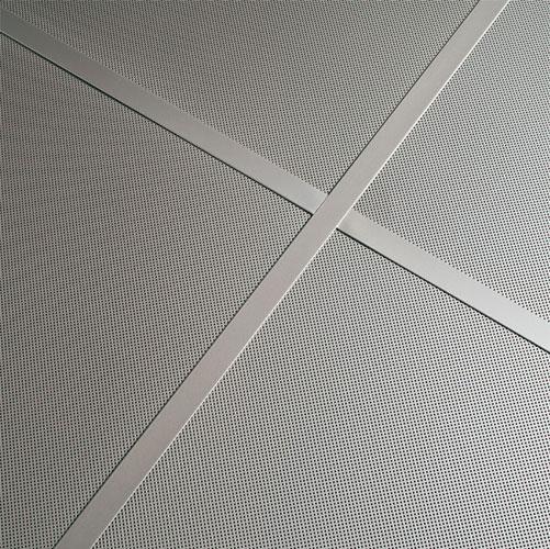 placa apoyada techo metálico