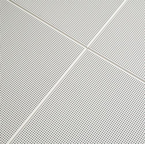 placa enrasada techo metalico
